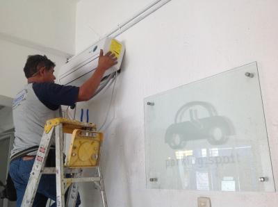 Precio de instalacion de minisplit abocardadores aire for Cuanto cuesta poner aire acondicionado