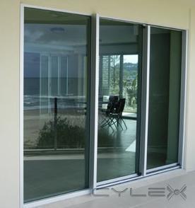Aluminio y vidrio tres oros aguascalientes av siglo xxi for Puerta ventana de aluminio corrediza