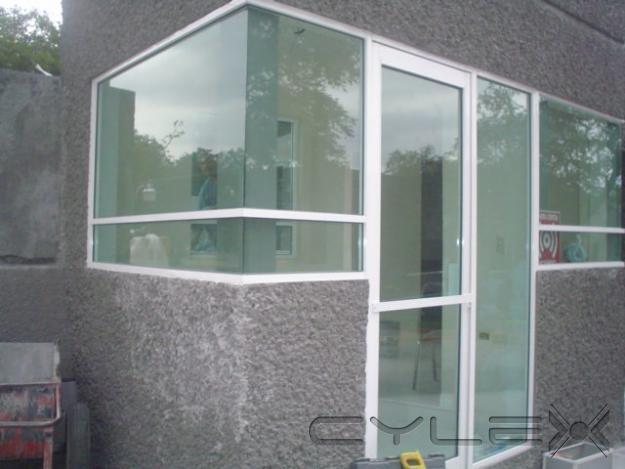 subido por visitante en puertas y ventanas cristal en aluminio
