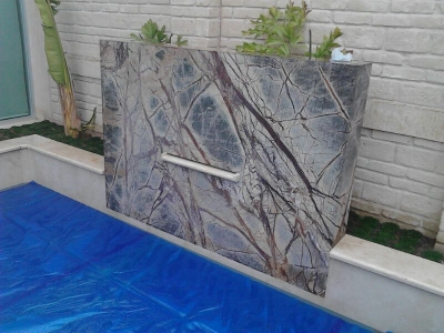 Alpe marmoles granitos leon de los aldama vicente for Instalacion de marmol y granito