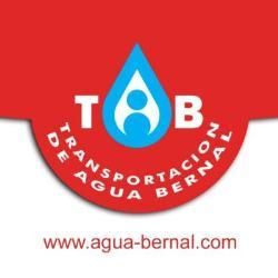 Transportación de agua Bernal